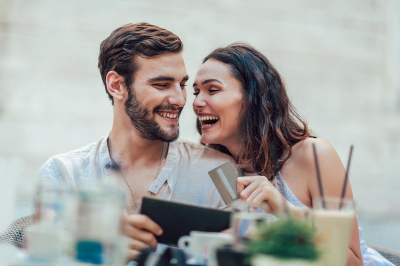 Prepaid Card Couple